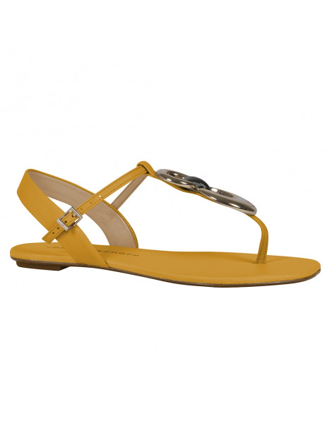 sandales à talons coup pied couvert
