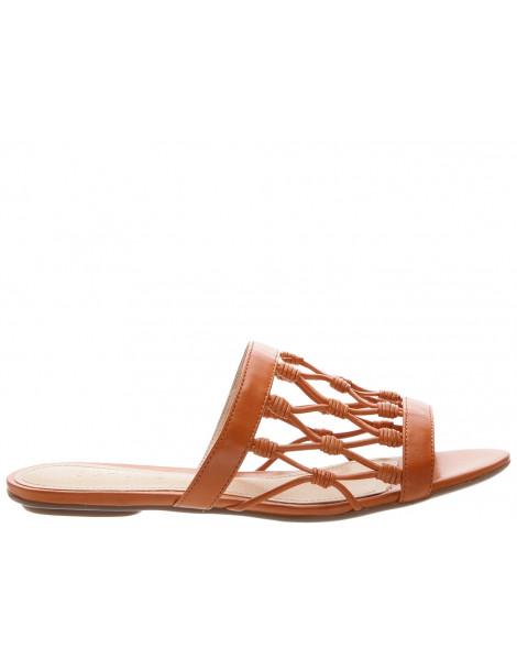chaussure lanière