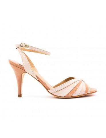 chaussure à talon avec lacetsnoir